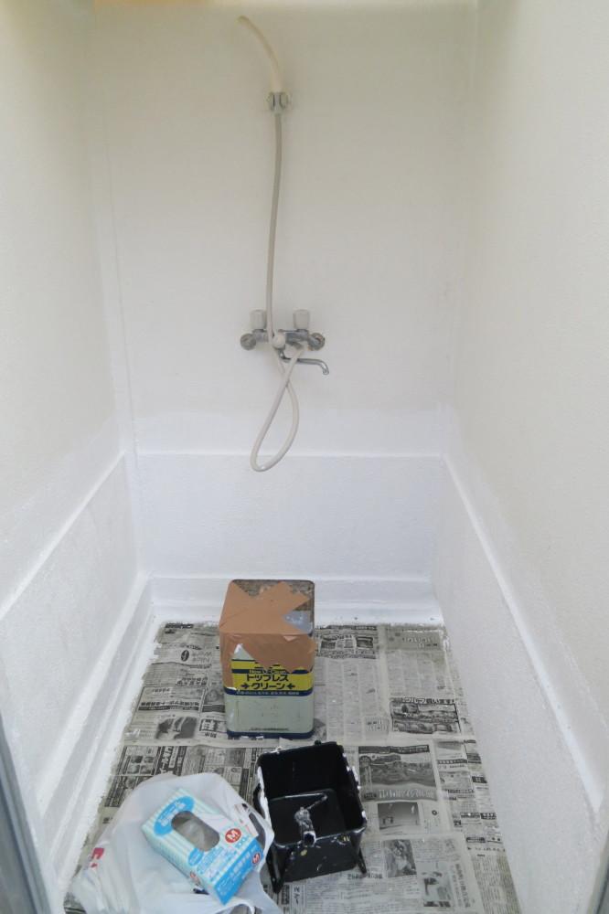 修繕中のシャワー室、週末よりご利用になれます。
